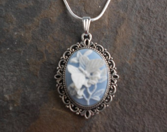 "Stunning White Butterfly (on blue) Cameo Pendant Necklace---.925 plated 22"" Chain--- Great Quality"