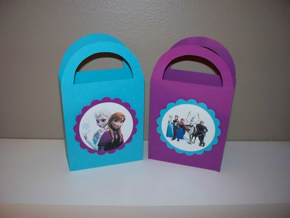 10 Frozen Paper Favor Bags - Girls Birthday Party