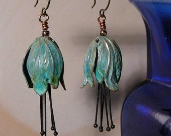 Verdigris brass tulip & stamen earrings.  Handmade. Verdigris flower earrings.