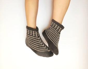 Wool Slippers, Natural Wool Slippers, Handmade Slippers, Hand knit slippers, Warm Slippers, Leg warmers, Knitted slippers