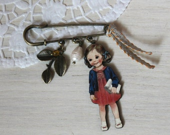 brooch little girl with notebook