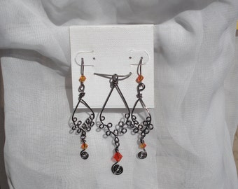 Gunmetal tone Copper wire Wrapped Pendant and Earrings Set