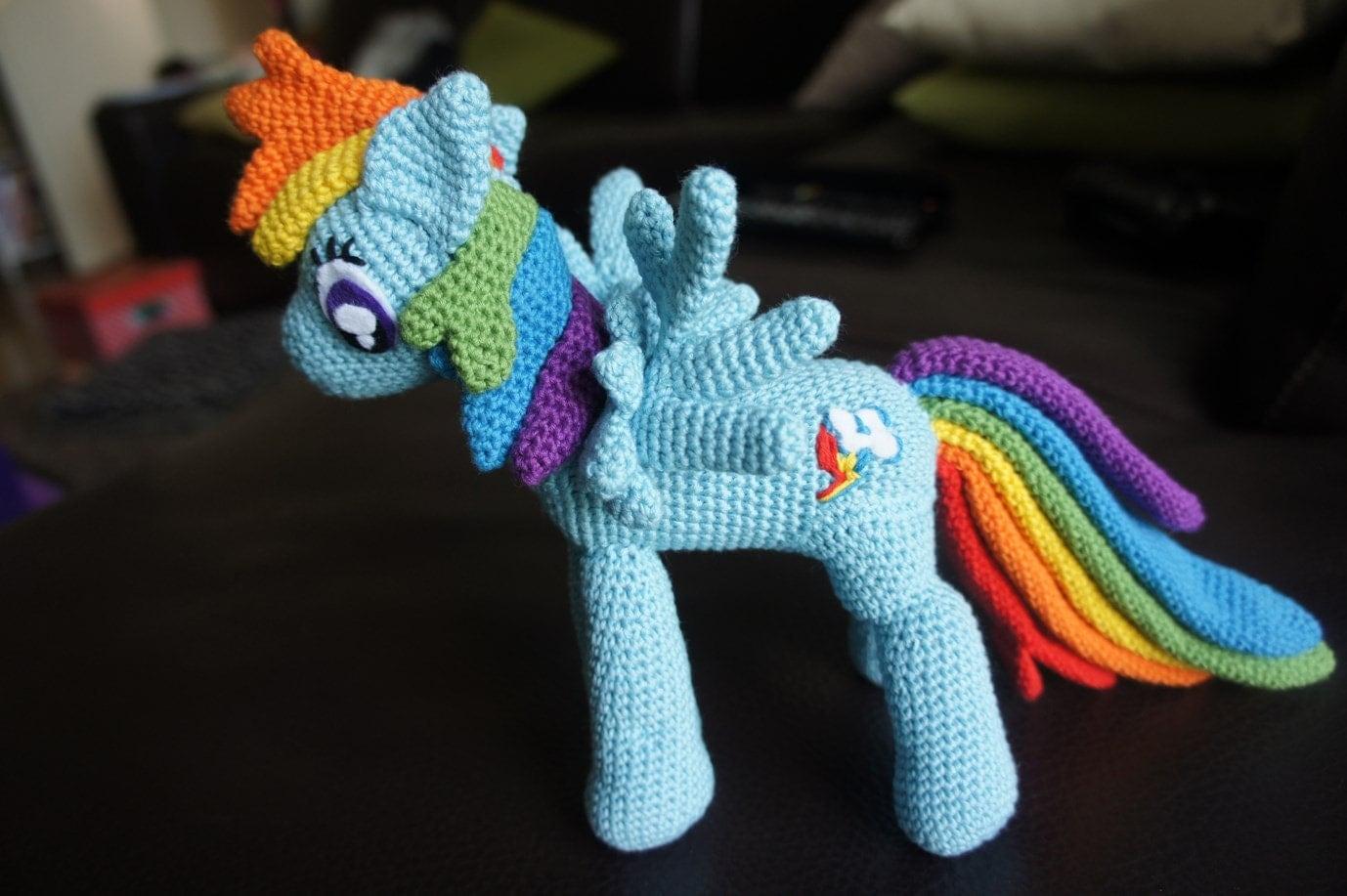Amigurumi My Little Pony Patron : Crochet My LIttle Pony Rainbow Dash Amigurumi Plush