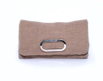 Jute clutch with buckle