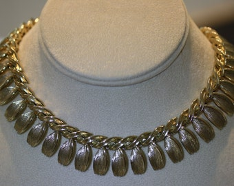 Vintage Lisner Cleopatra Necklace
