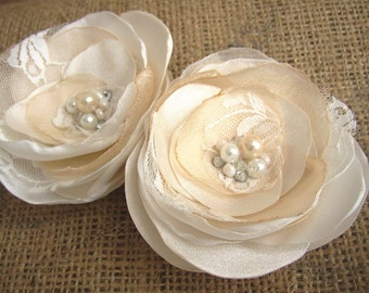Ivory Champagne Wedding Hairpiece - Set of two Hair Flower - Romantic Flowers - Bridal Hair Piece - Lace Fascinator - Pearls Rhinestones