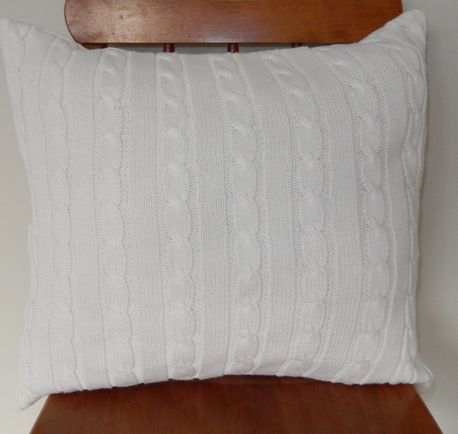 light off white cable knit pillow cover from upcycled sweater. Black Bedroom Furniture Sets. Home Design Ideas