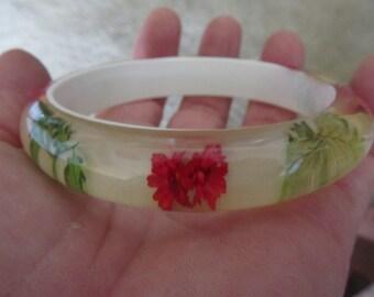 Vintage Resin and Flowers Bangle Bracelet