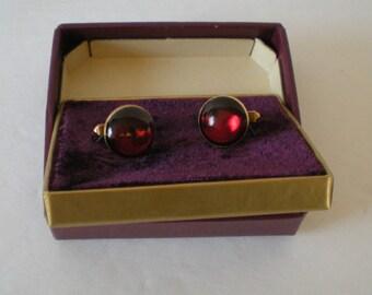 Cufflinks cuff Links Swank Vintage Red Glass STone Goldtone Original Box USA
