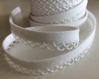 3M Bias Tape Double Fold White Cotton and Crochet Lace