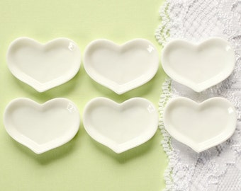 6 Pcs White Heart Shaped Plate Dishes Cabochons - 33x25mm