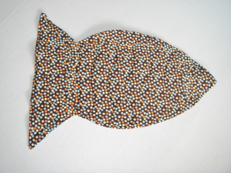 Fish Shaped Cat Food Mat