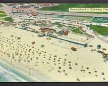 Chrome Postcard - Swimmers on Stewart Beach at Galveston, Texas     (476a)