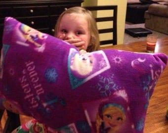 Disney Frozen fleece blanket and pillow set