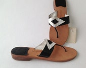 Sandalino Vintage Geometric Black and White Leather Sandals - BettyGableVintage