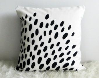 Tradklover Black Dashes Designer Cotton Cushion Cover (various sizes)