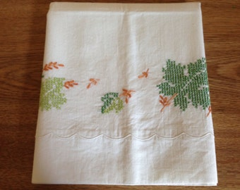 Vintage Embroidered Leaves Pillowcase