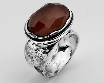 Unique Red Carnelian Sterling Silver 925 Ring