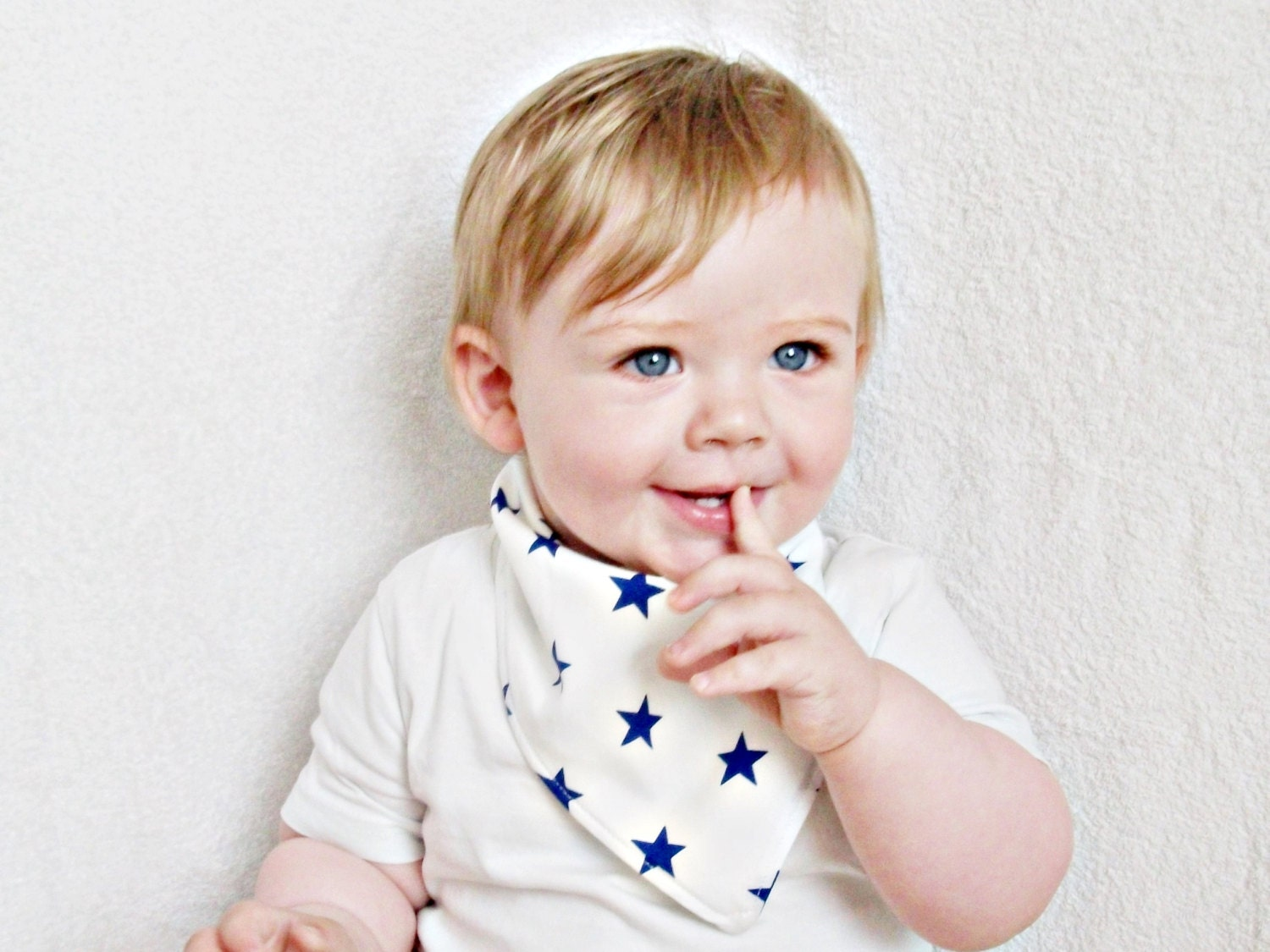 Some babies drool more than others, but in general, all babies drool and they drool a lot. Thanks to products like a bib or a Baby Drool Scarf parents can keep their clothes dry and their babies clothes dry too as these products are made to catch and absorb the drool.