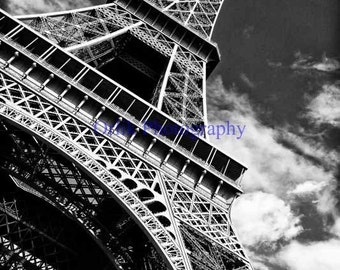 Eiffel Tower, black and white, detail 1