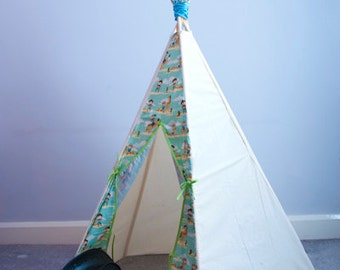 Custom Childrens Teepee play tent indoor outdoor den