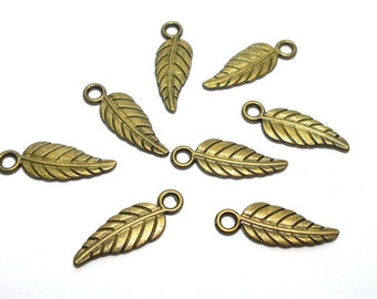 8 Leaf Charms, Feather Charms, Small Leaf Charms, Leaves Charm, Tree Charm, Antique Bronze Leaf Charms, Leaf Charms BC0053