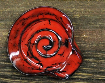 Stoneware pottery spoon rest Saigon Red black