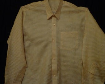 Vintage man's  shirt. Cream. XXL.