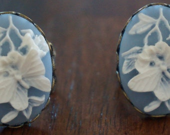 Butterfly cameo rings