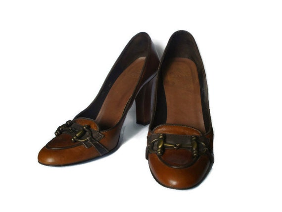 Vintage 90s Designer Zara Genuine Light and Dark Brown Leather Steampunk Victorian Style Pumps with Brass Colored Metal Decal Made in Spain