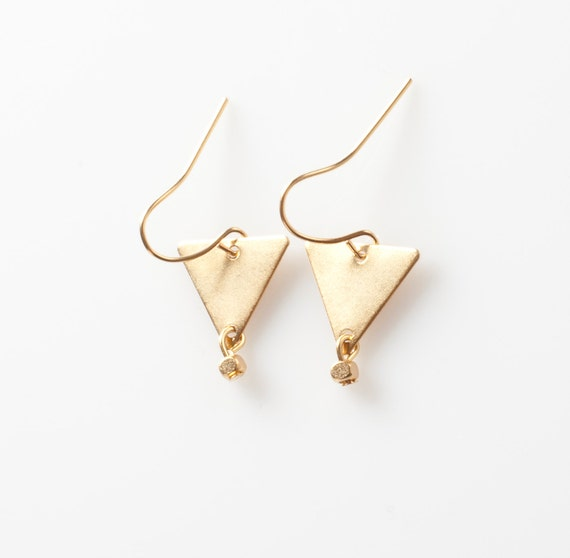 triangle dangle earrings geometric earrings wedding jewelry. Black Bedroom Furniture Sets. Home Design Ideas