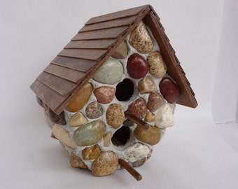 Decorative Double-Decker Stone Birdhouse