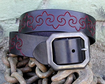 Fleur-de-lis  ~ hand-carved leather belt