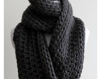Chunky knit scarf dark grey, Scarf in Charcoal Grey, 50 % wool, Cozy softness