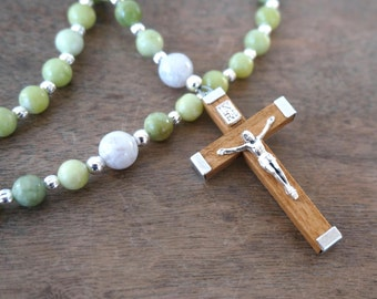 Gemstone Rosary / 5 decade Catholic /  Green and White / Heirloom Quality (135R)