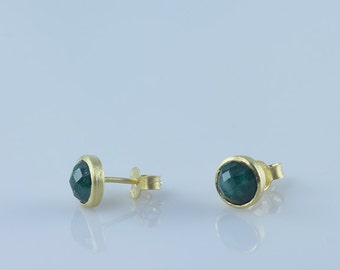 Emerald Green Stud Earrings, Gemstone Stud Earrings, Bezel Set Stud Earrings, May Birthstone Stud Earrings, Round Stone Bezel Stud Earrings