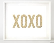 Glitter XOXO PRINTABLE, xoxo art print pdf, gold glitter text, gold quote print, wall art, printable party decor, valentine sign pdf -gp028