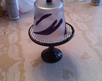 Single cup cake holder