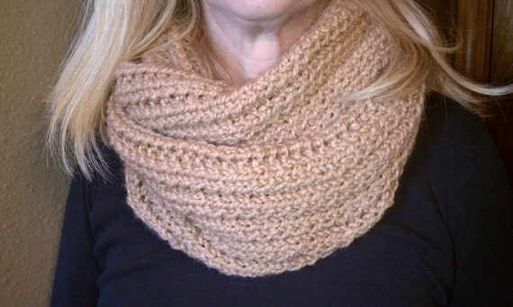 Loom Knitting Infinity Scarf Patterns : Impatient Infinity Scarf - Loom Knit Pattern