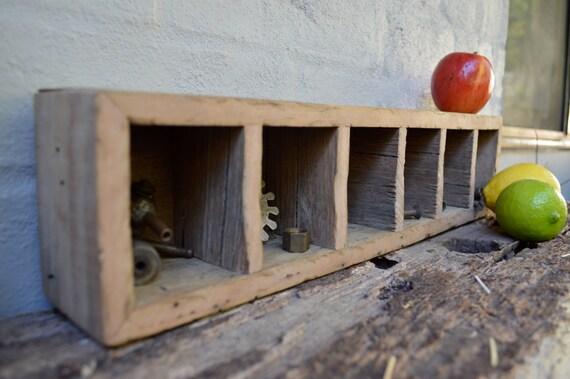 Tag re en bois tag re murale de bois rustique avec six - Etagere murale rustique ...