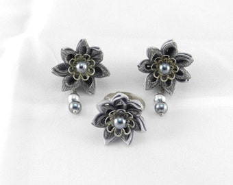 "Tsumami Kanzashi Set Earrings + Ring ""Milady"""