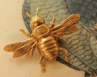 Napoleonic Bee Brooch: Brass