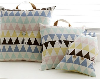 Half Yard-Simple Triangle Pattern Wide Width Cotton Linen Fabric - 1/2 Yard
