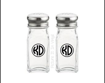 Personalized Salt and Pepper Shaker, Monogram Salt and Pepper Shaker, Monogrammed Salt and Pepper Shaker
