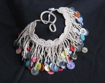 crochet button necklace FOR DCF