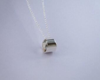 Silver necklace Ellipse
