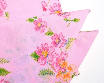 Napkins Flowers on Pretty Pink Cotton Set of 4