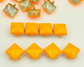 100 pcs.Orange Studs Rivets Biker Spikes spots nailheads Decorations Findings 9 mm  with 4 claws Rivets DIY accessories.
