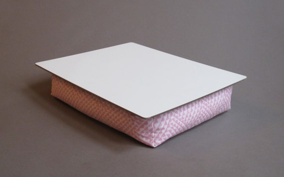 Custom Handmade Pink And White Triangle Feather Cushioned