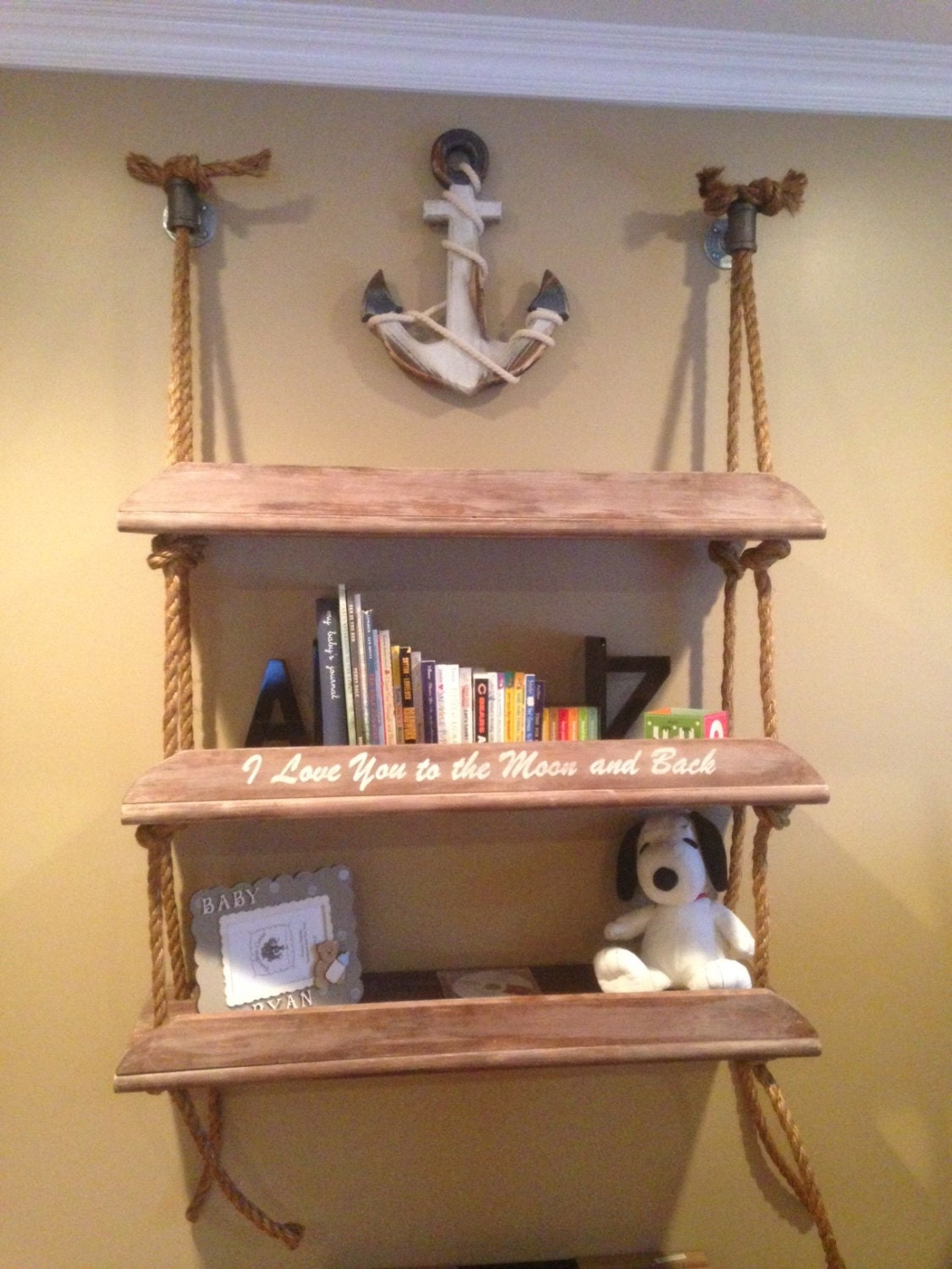 A rope shelf with optional personalized saying by rustandoak - Etagere suspendue avec corde ...